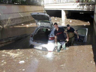 Francija: V nalivih utonilo najmanj 13 ljudi 3