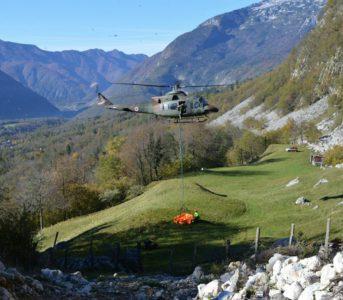 Sodelovanje s Slovensko vojsko je pri reševanju zelo pomembno (foto: GZ Bovec)