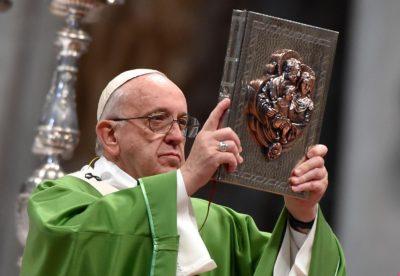 Papež Frančišek (foto: epa).