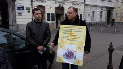 Levo podpredsednik Nove generacije SLS Daniel Valentine, desno organizator dogodka Sašo Krabonja (Foto: J. F.)