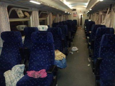 Fotogalerija: Grozljivo razdejani in umazani vlaki po prevozu migrantov 3