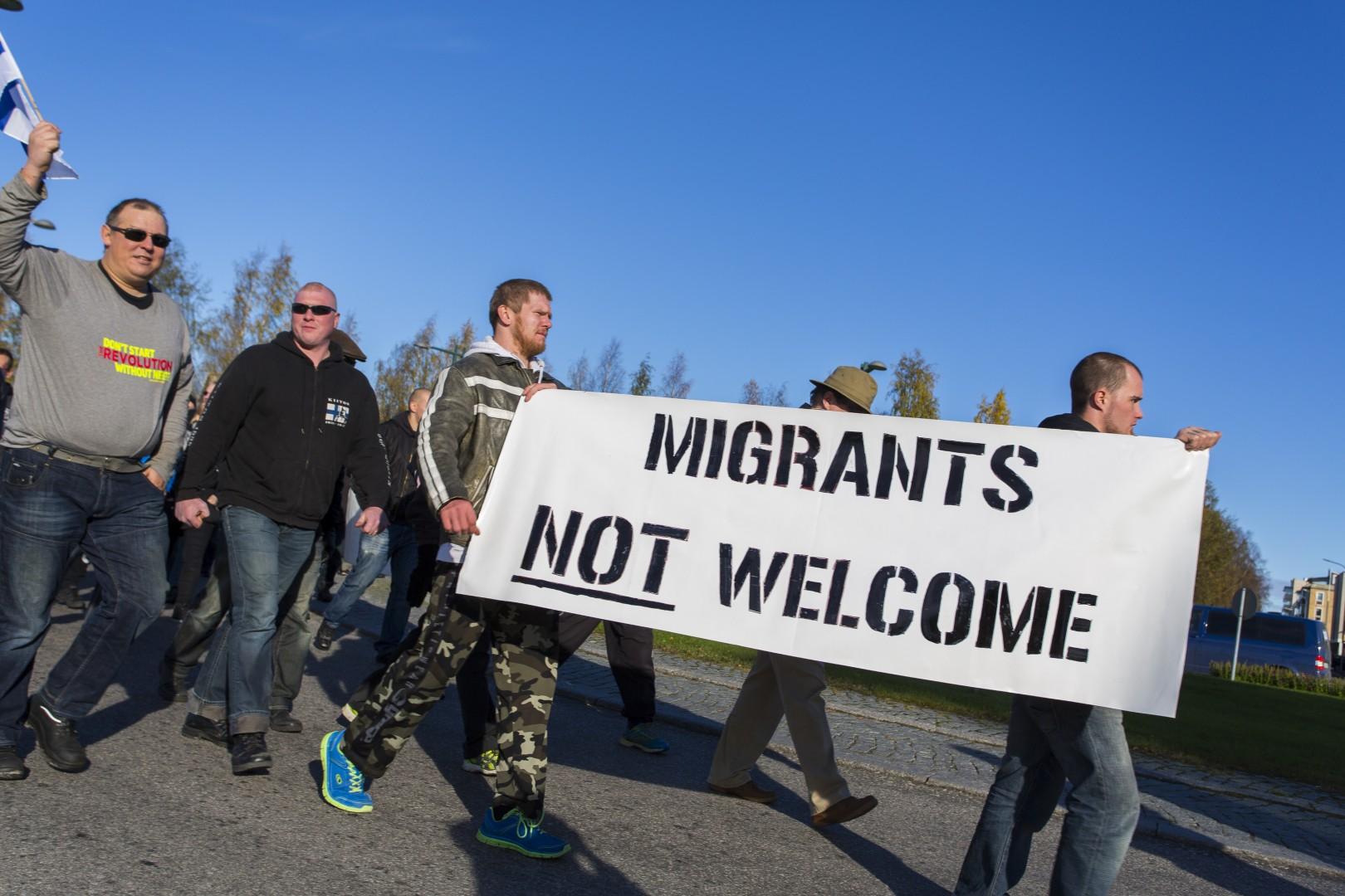 Protest proti migrantom; Foto: epa