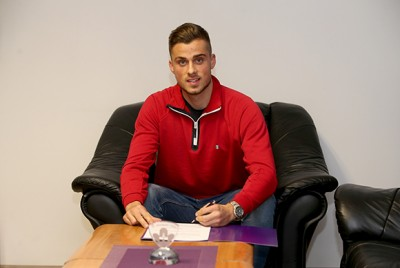 Denis Šme je pomembna okrepitev za Maribor na položaju centralnega branilca (foto: facebook).