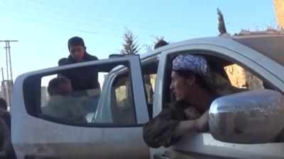 Eni bežijo, ker imajo s čim in kam, drugi ostajajo v Alepu (foto: printscreen/Youtube)