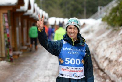 Noriaki Kasai je ob svojem jubileju na tekmi nosil številko 500 (foto: epa).