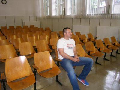 Kristjan Kamenik na sodišču (foto: STA).