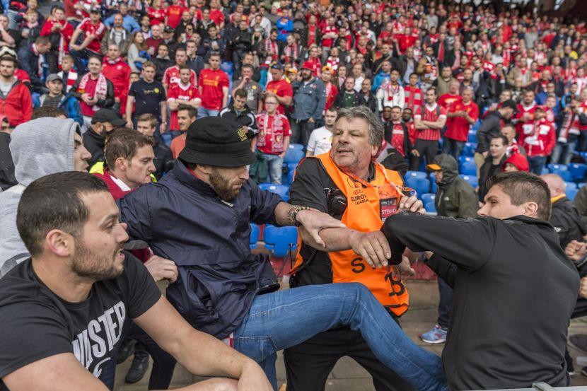 Pretep med navijači je imel tudi drugi polčas na stadionu (foto: facebook).