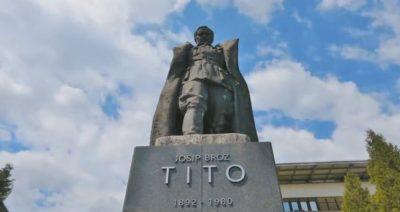 Nedvomno največji Titov spomenik na svetu.