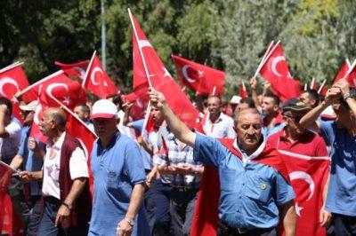 """Razmere v Turčiji """"pod nadzorom"""" - ozadje vojaškega udara vse bolj sumljivo! 1"""