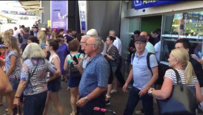 V Nici novi eksploziji: evakuacija dveh poslopij in zaprli so letališče 1
