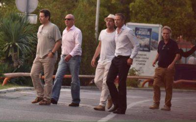 Brad Pitt z jahto na počitnicah po Damlaciji 1