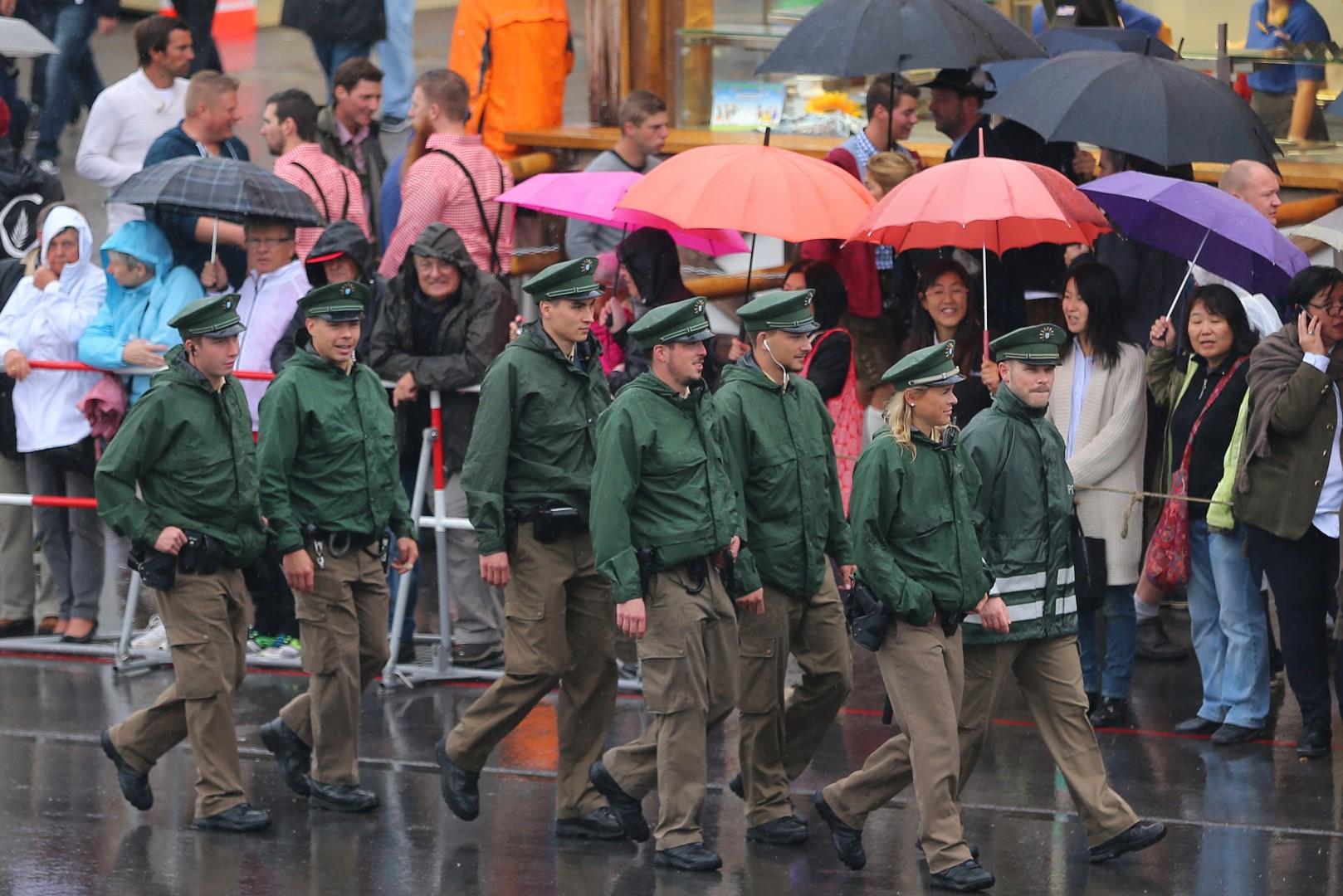 ZA OBJAVO Začetek letošnjega Oktoberfesta v znamenju poostrenih varnostnih ukrepov 1