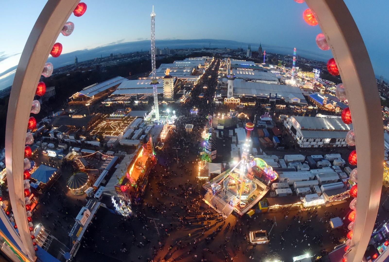 Začetek letošnjega Oktoberfesta v znamenju poostrenih varnostnih ukrepov 4