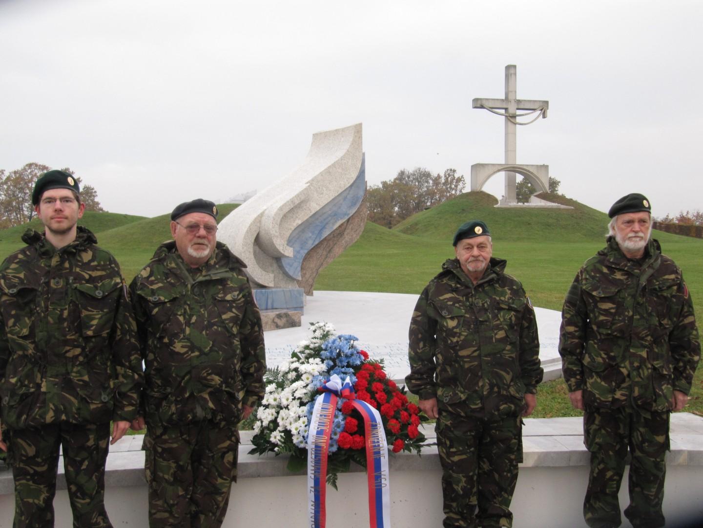 Združenje VSO: Slava njim, ki so dali življenja za samostojno Slovenijo! 1