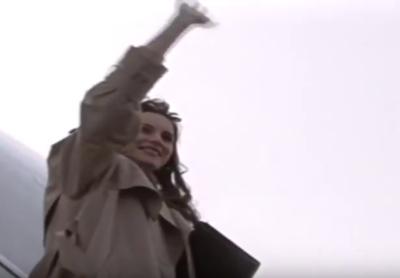 Jasnovidna reklama iz leta 1993 - že takrat so Melanio videli v Beli hiši 1