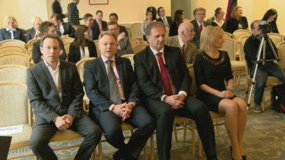 foto: Nova24tv Od desne proti levi: direktorica fin-tax.lex Zlata Tavčar, Ivan Simič, Jožko Peterlin, Klemen Jaklič