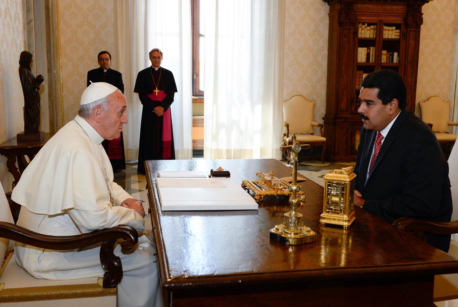 Maduro in papež Frančišek oktobra 2016 (Foto: epa).