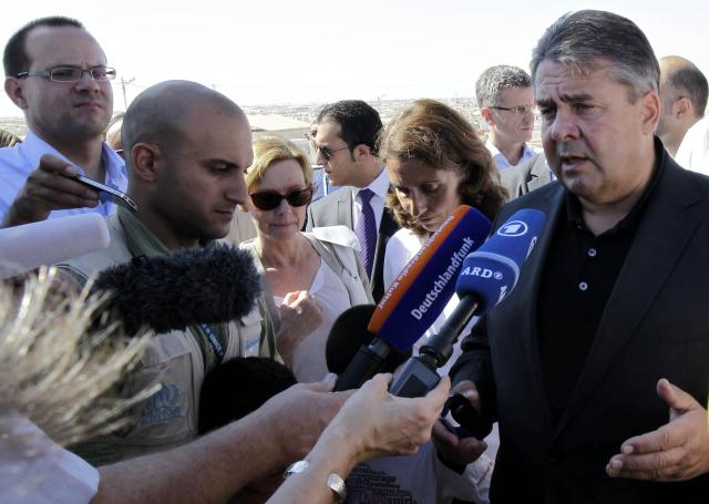 Sigmar Gabriel STOP toleranci (foto: STA).