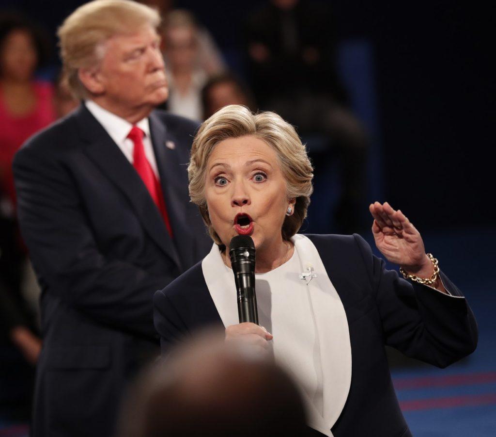 Hilary Clinton je imela na svoji strani Hollywood in vse dominantne medije v ZDA. Vendar je v največjem presenečenju slavil Donald Trumo, ki se je zavzel za delavstvo in postavil lastne državljane na svojo mesto pred globalističnimi cilji. (Foto: epa)