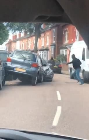 London Postaja Quot Divji Zahod Quot 60 Napadov Motoristov Na Dan