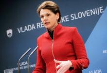 Vlada Alenka Bratušek je v novembru 2013 sprejela škodljive popravke insolvenčne zakonodaje. (Foto: STA)