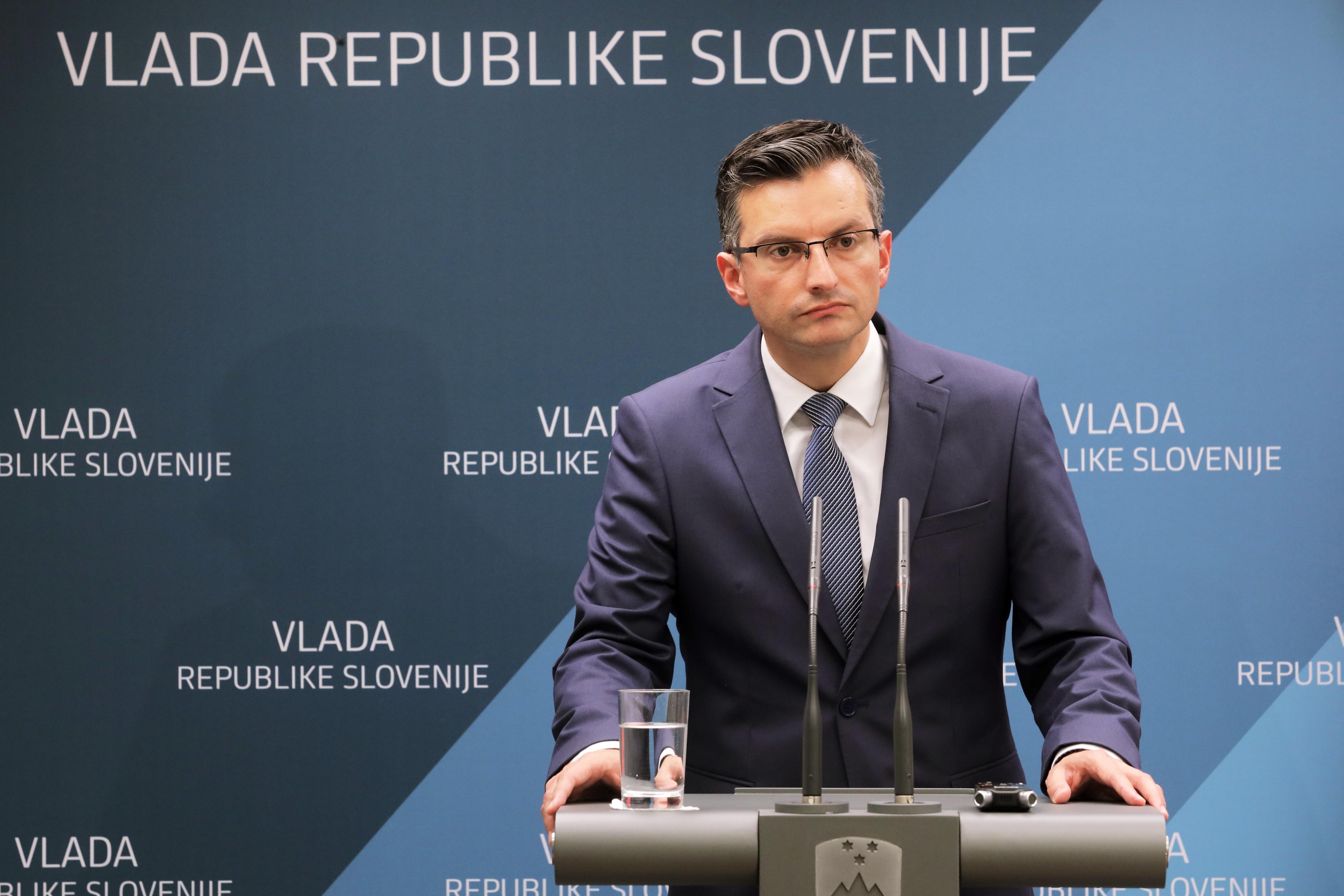 Marjan Šarec je opozoril državna podjetja, če bodo še naprej oglaševale v alternativnih medijih. (Foto: STA)