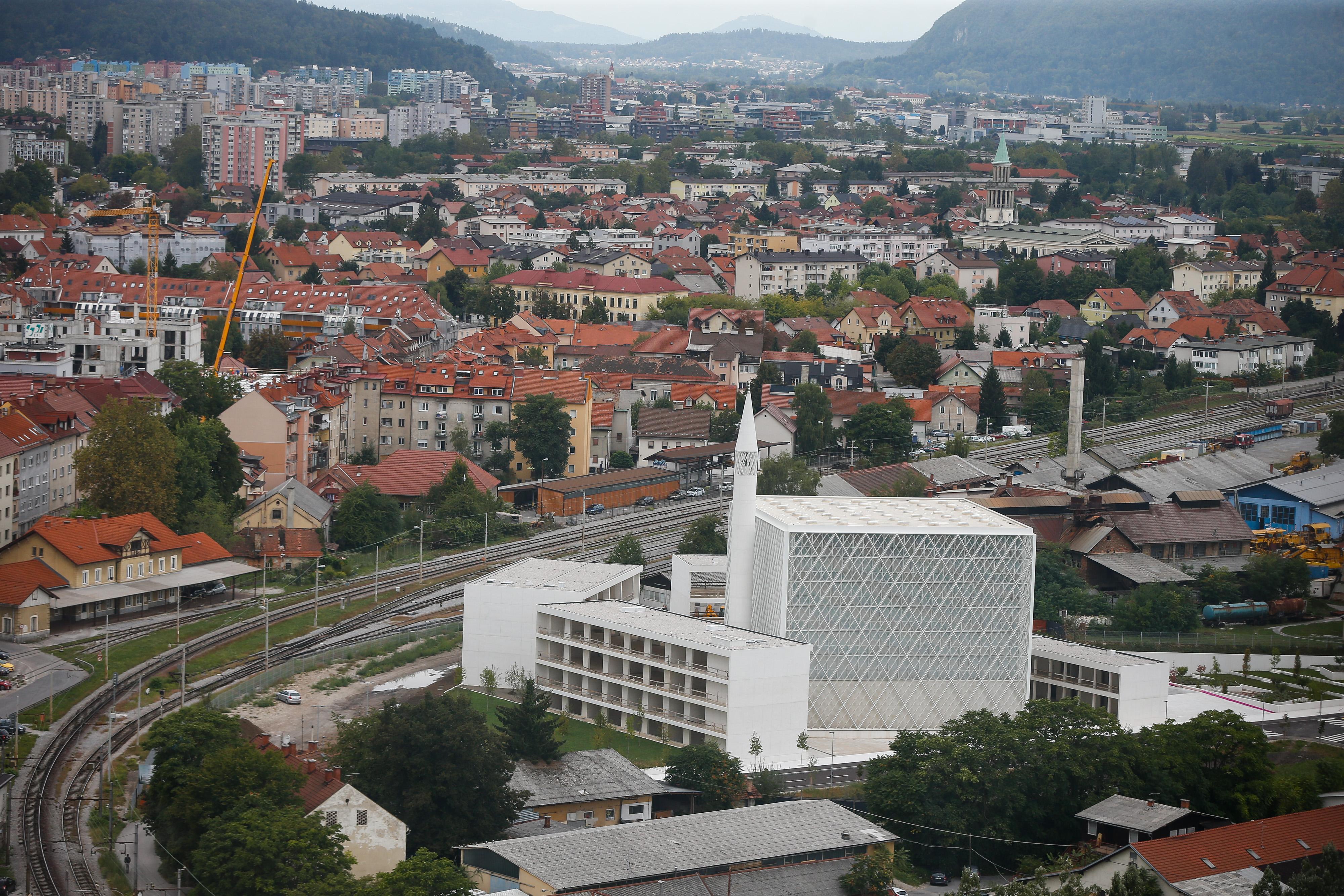 Ljubljanska džamija (vir STA)