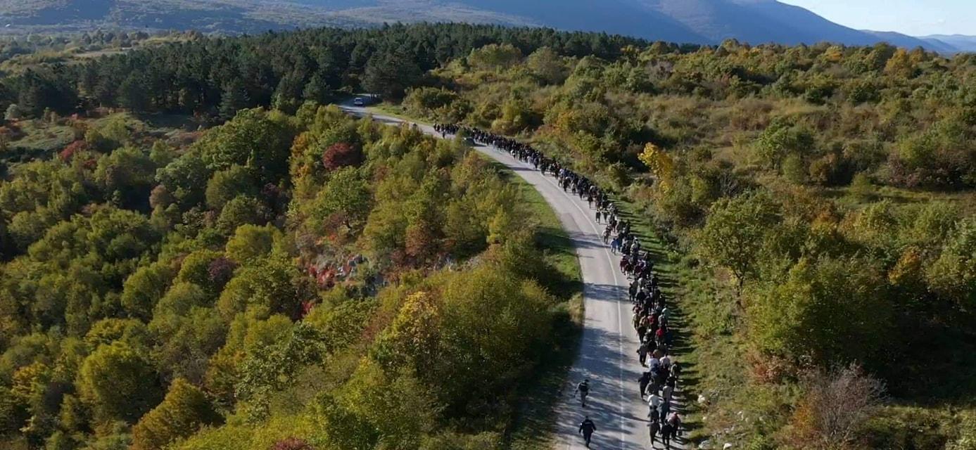 Ilegalni migranti v Bosni in Hercegovini. (vir Facebook)