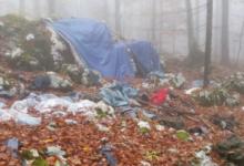 Zasvinjano območje z odpadki v okolici Ilirske Bistrice. (Foto Tjaša Kaluža, socialna omrežja)