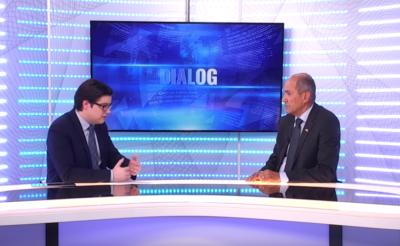Voditelj oddaje Dialog Aleksander Rant in Janez Janša (Foto: Nova24tv)