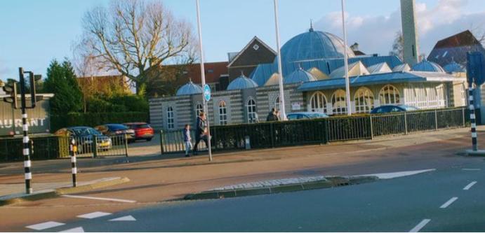 Modra mošeja v Amsterdamu (Foto: Twitter)