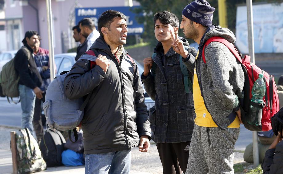 Nezakoniti prestopniki meje umirajo zaradi mehke vladne politike Marjana Šarca. Slika je simbolična. (Foto: STA)