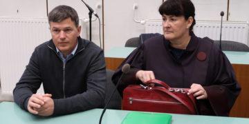 Uroš Rotnik in njegova zagovornica Alenka Sagmeister Ranzinger. (Foto: STA)