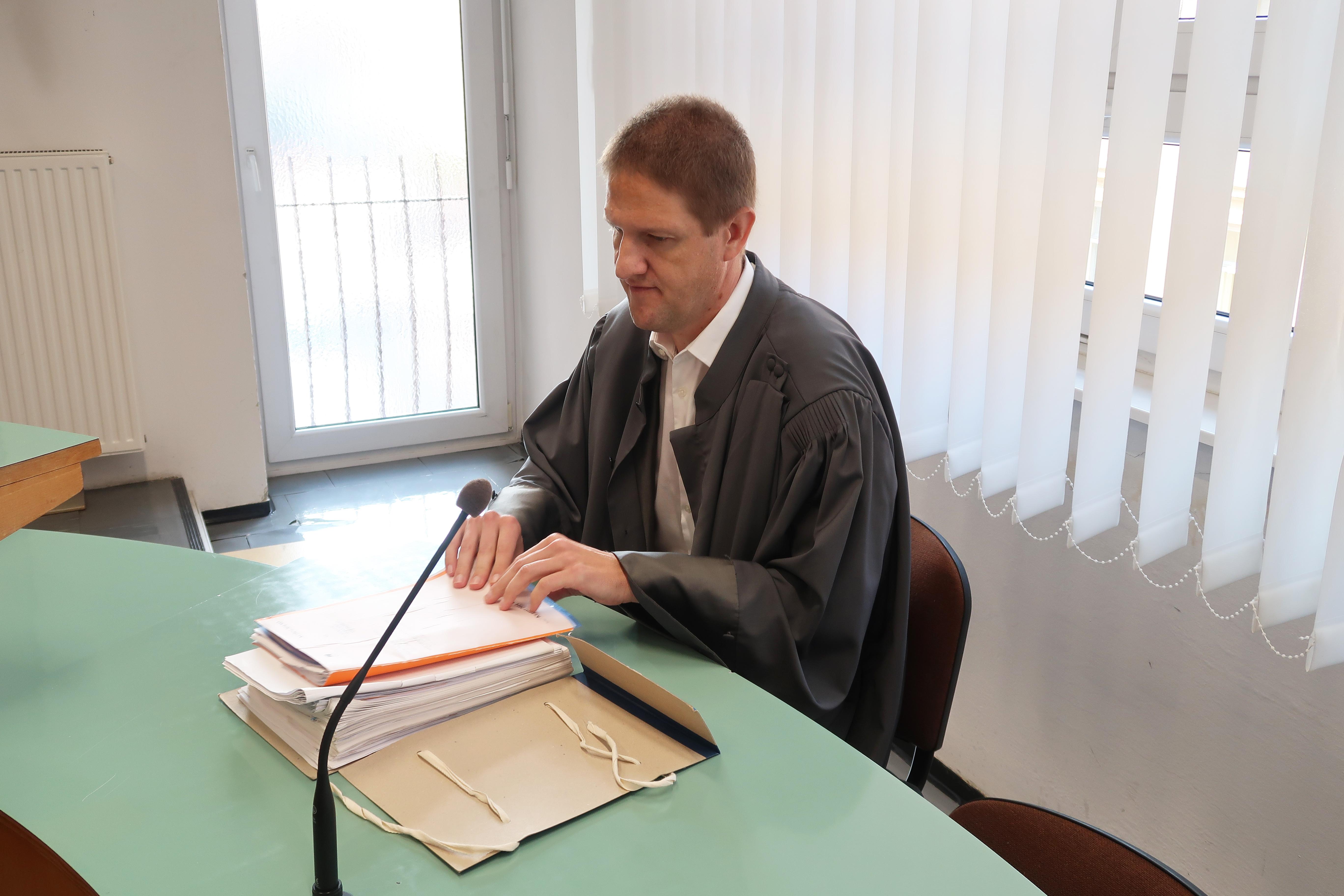 Tožilec Matej Oštir se bo pritožil na sramotno sodbo celjskega sodišča. (Foto: STA)