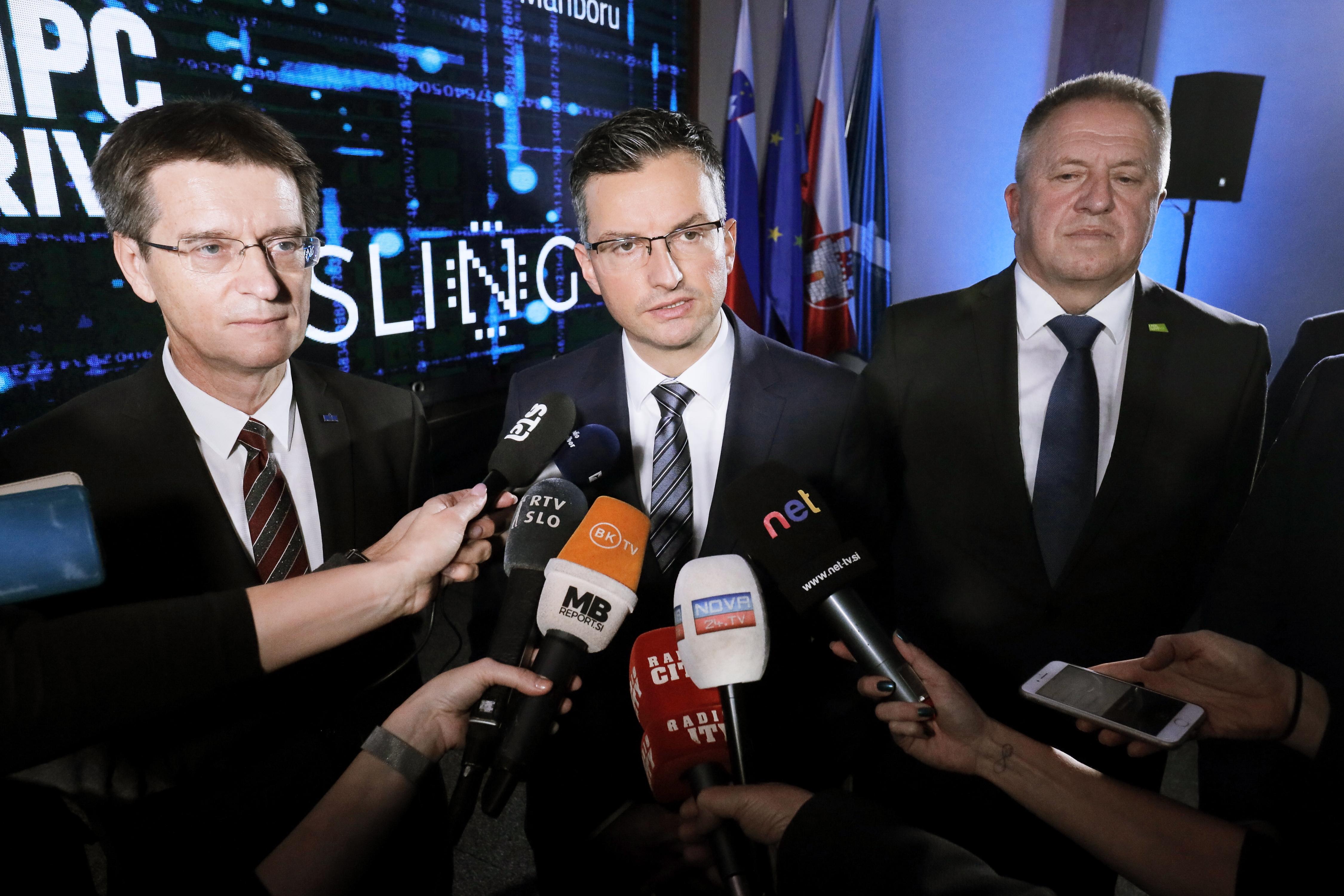 Predsednik vlade Marjan Sarec se lahko zahvali samo poslancem Slovenska nacionalne stranke, da se je obdržal na oblasti. (Foto: STA)