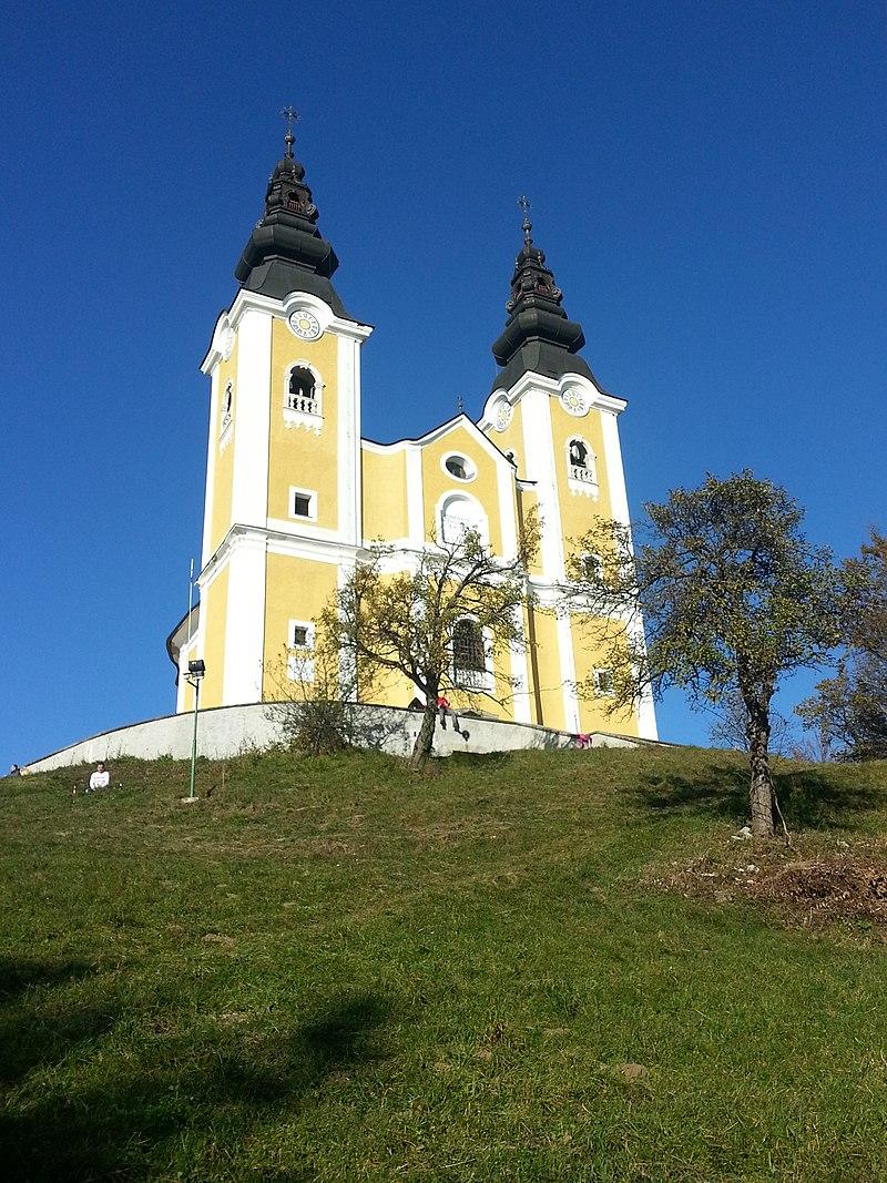 Na gori Oljka stoji Cerkev sv.Križa (Foto: Wikipedia)