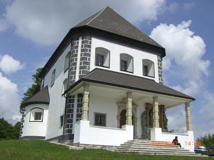 Cerkev sv. Valentina na Limbarski gori. (Foto: Facebook)