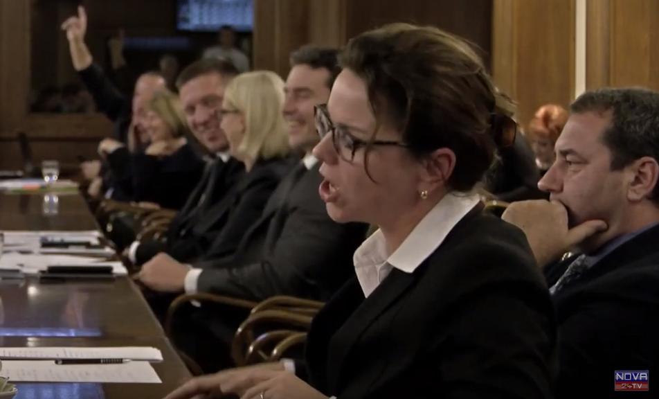 Maša Kociper postaja ekspertka za dvojna državljanstva. (Foto: Nova24tv)