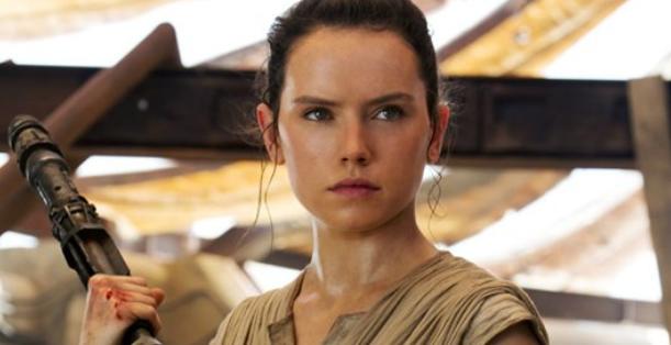 Vlogo osrednje protoganistke Rey so filmski ustvarjalci pod taktirko J.j Abrahmsa popolnoma uničili. (Foto: Facebook)