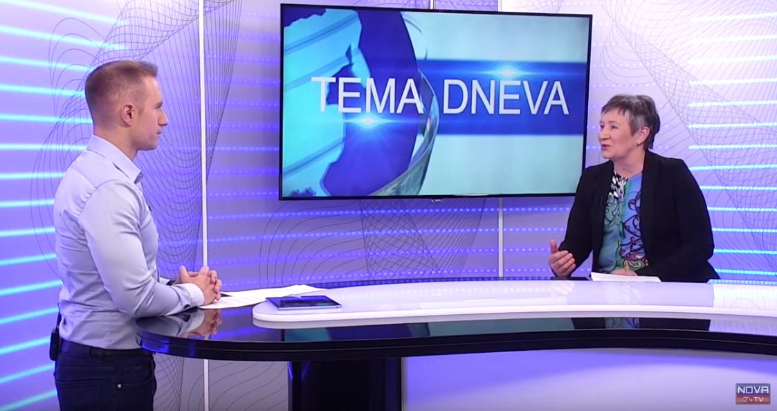 Voditelj oddaje Tema dneva Luka Svetina z gostjo Ivo Dimic o težavah družinske politike. (Nova24TV)