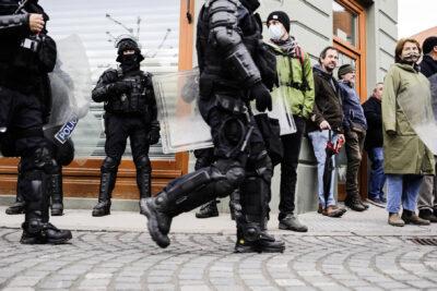 policajiprotesti